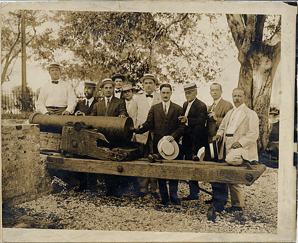 1910s Men with canon at Spanish Fort