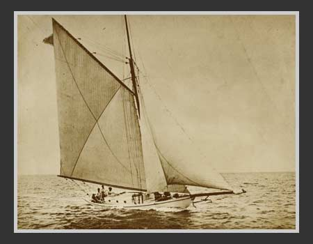 1919 The Picayune Sails