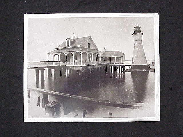 1893 Woman Lighthouse keeper at Milneburg shelters storm victims